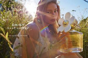 Marc Jacobs Daisy Trio Commercial Video