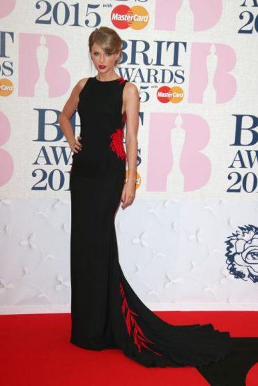 Brit Awards 2015: Red Carpet