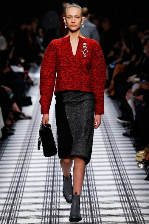 Balenciaga Fall 2015 Fashion Show