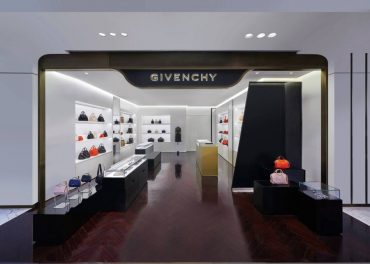 Givenchy Opened a Boutique in Hangzhou Tower