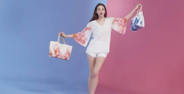Longchamp Splash Collection