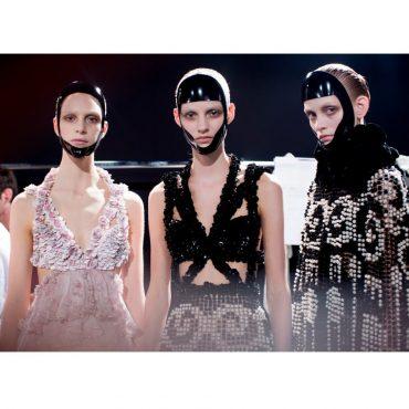 Alexander McQueen Spring/Summer 2015 Fashion Show